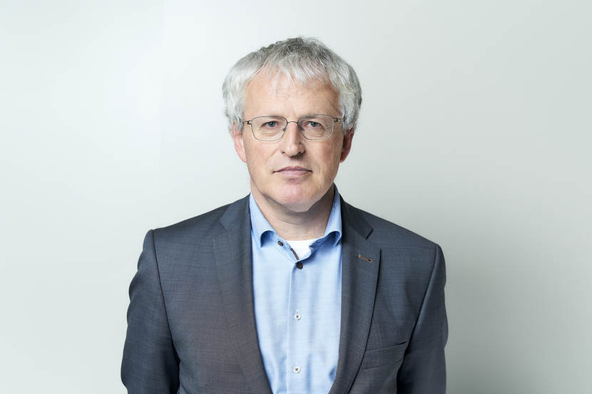 Dr. P. (Peter) Castenmiller